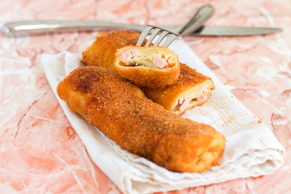 Breaded Crepes With Ham and Cheese Pohovane Sa Sirom i Sunkom coolinarika
