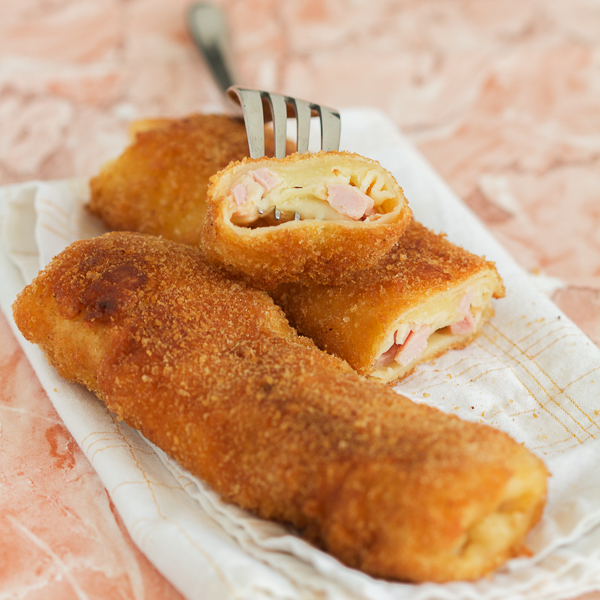 Breaded Crepes With Ham and Cheese Pohovane Sa Sirom i Sunkom