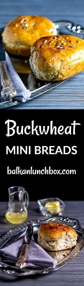 Soft and flavorful buckwheat mini breads further enriched with sunflower seeds. A simple way to inspire you to make your own dough.